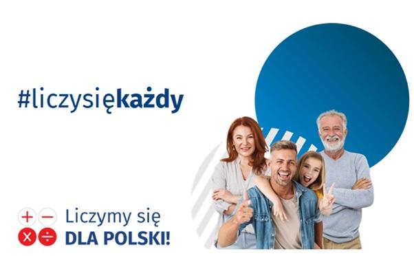 4 dorosłe uśmiechnięte osoby oraz napisy: liczy się każdy, liczymy się dla Polski